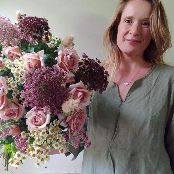 2021 Floret Online Workshop Scholarship winner Erica Watson