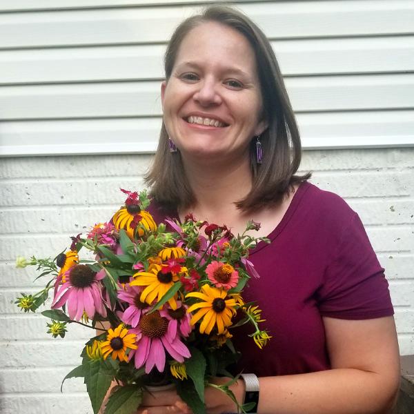 2021 Floret Online Workshop Scholarship winner Mandy Curry